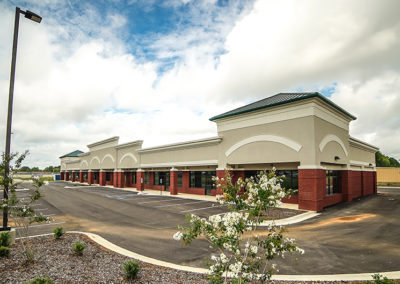 Laurel Plaza Retail Center