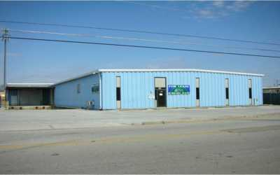 AMZ Importers Signs Lease at 1307 Putman Drive